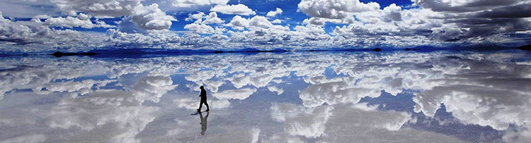 surreal-photos-pt1-salar-de-uyuni-bolivia-salt-flat-mirror.jpg