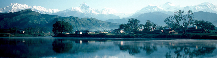 Pokhara_and_Phewa_Lake.jpg